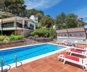 Villa   à Sa Riera pour 6 personnes avec piscine privée p0