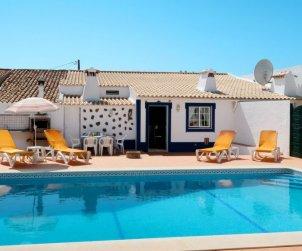 Villa   à Paderne pour 8 personnes avec piscine privée p2