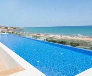 Appartement à Alcossebre pour 4 personnes dans complexe hôtelier avec piscine commune en front de mer et adapté mobilité réduite p0