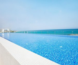 Appartement à Alcossebre pour 5 personnes dans complexe hôtelier avec piscine commune et vue latérale mer p1