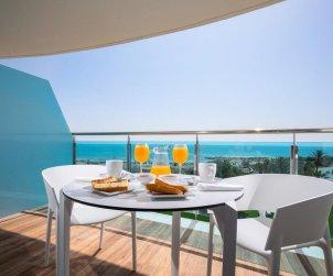 Appartement familial à Alcossebre pour 5 personnes dans complexe hôtelier avec piscine commune et vue directe mer p0