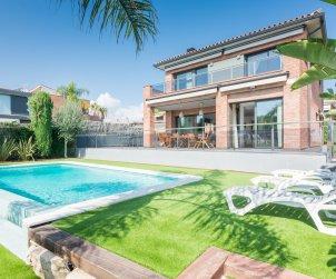 Villa   à Caldes d'Estrac pour 8 personnes avec piscine privée et vue mer p0