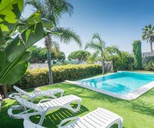 Villa   à Caldes d'Estrac pour 8 personnes avec piscine privée et vue mer p2
