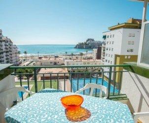 Appartement   à Peniscola pour 6 personnes avec piscine commune et belle vue mer p1