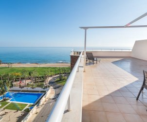 Appartement   à Oropesa del Marpour 8 personnes avec piscine commune et belle vue mer p2