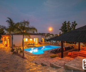 Villa   à Benissa pour 11 personnes avec piscine privée p0