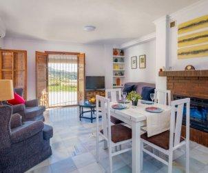 Appartement   à Nerja pour 5 personnes avec vue mer p1