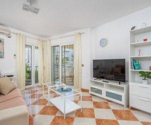 Appartement   à Benalmadena pour 6 personnes avec piscine commune p2