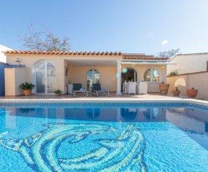 Villa   à Empuriabrava pour 4 personnes avec piscine privée p2