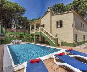 Villa   à Pals pour 10 personnes avec piscine privée p0