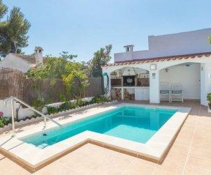 Villa   à Cunit pour 6 personnes avec piscine privée p0