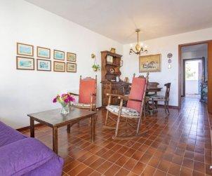Appartement   à Creixell pour 5 personnes avec piscine commune p2