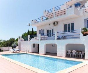 Villa   à Peniscola pour 14 personnes avec piscine commune p1