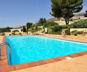 Villa   à Jávea - Benitachell pour 4 personnes avec piscine commune p2