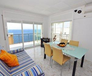 Appartement   à Rosas pour 8 personnes avec vue mer p1