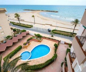 Appartement   à Cunit pour 6 personnes avec piscine commune p0