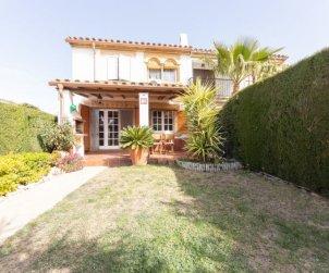 Villa   à Cambrils pour 4 personnes avec piscine commune p2