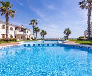 Villa   à Denia pour 5 personnes avec piscine commune p0