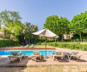 Villa   à Vilanova del Valles pour 35 personnes avec piscine privée p2
