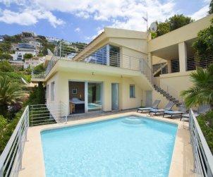 Villa   à Altea pour 8 personnes avec piscine privée p0