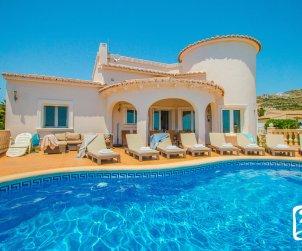 Villa   à Benitachell pour 8 personnes avec piscine privée p0