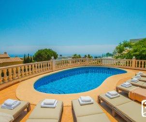 Villa   à Benitachell pour 8 personnes avec piscine privée p1