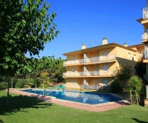Appartement   à Llafranc pour 5 personnes avec piscine commune, parking et proche mer p0
