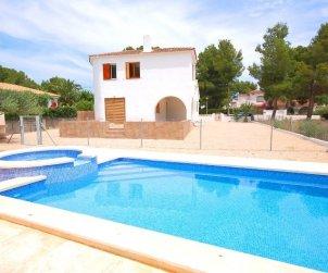 Villa   à Ametlla de Mar pour 9 personnes avec piscine protégée p0