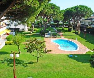 Appartement   à Calella de Palafrugell pour 4 personnes avec piscine commune et proche mer p2