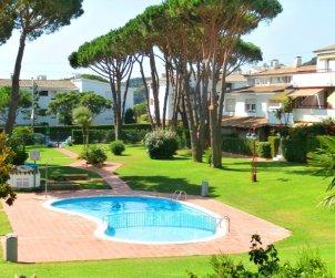 Appartement   à Calella de Palafrugell pour 4 personnes avec piscine commune et proche mer p0