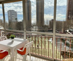 Appartement   à Benidorm pour 6 personnes avec parking dans la propriete p1