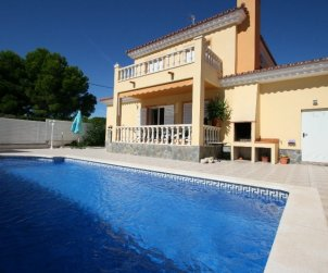 House   Ametlla de Mar 6 persons - private pool y near sea p0
