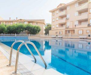 Villa   à Oropesa del Mar pour 8 personnes avec piscine commune p2
