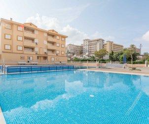 Villa   à Oropesa del Mar pour 8 personnes avec piscine commune p1