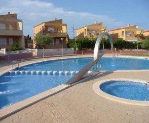 Villa   à Peniscola pour 6 personnes avec piscine commune p0