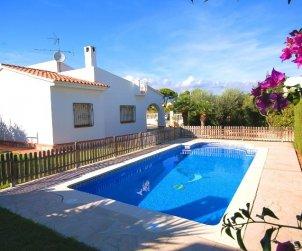 Villa   à Ametlla de Mar pour 8 personnes avec piscine protégée p0