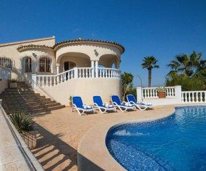Villa   à Calpe pour 12 personnes avec piscine privée p2