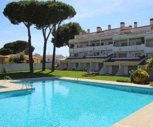 Appartement   à L'Escala pour 4 personnes avec piscine commune et proche mer p1