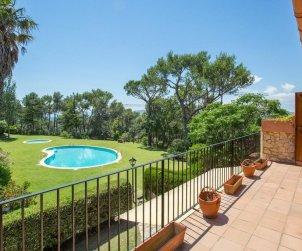 Villa   à Llafranc pour 6 personnes avec piscine commune p0