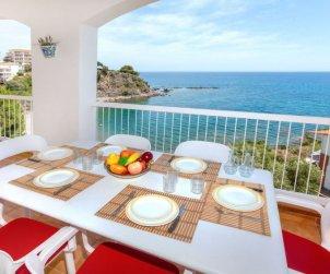 Appartement   à Llançà pour 6 personnes avec belle vue mer p0