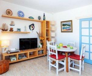 Appartement   à Llançà pour 4 personnes avec belle vue mer p1