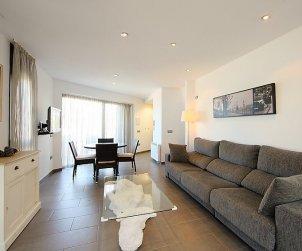 Villa   à Llançà pour 4 personnes avec piscine commune p1