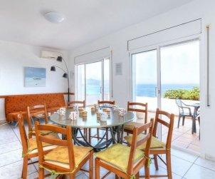 Villa   à Llançà pour 11 personnes avec piscine commune p2