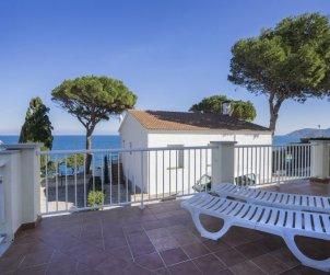 Appartement   à Llançà pour 4 personnes avec piscine commune p1