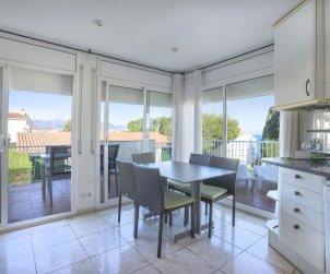 Appartement   à Llançà pour 4 personnes avec piscine commune p2
