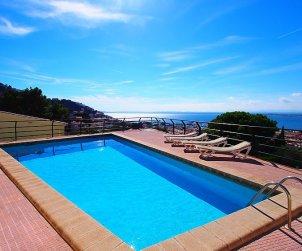 Appartement   à Rosas pour 6 personnes avec piscine commune p0