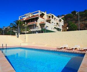 Appartement   à Rosas pour 6 personnes avec piscine commune p1