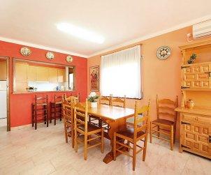 Villa   à L'Escala pour 8 personnes avec lave-vaisselle p2