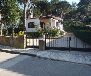 Villa   Begur para 5 personas con lavadora p0