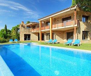 Villa   à Calonge - Sant Antoni de Calonge pour 17 personnes avec piscine privée p0